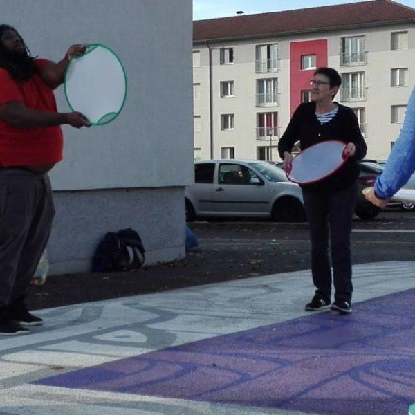 Les ateliers passerelles prennent la direction du centre social de Marmiers.
